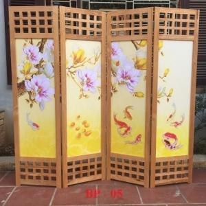 Bình phong gỗ Tranh vải lụa hoa cá BP05