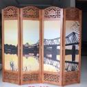 Bình phong ngăn phòng tranh Cầu Long Biên